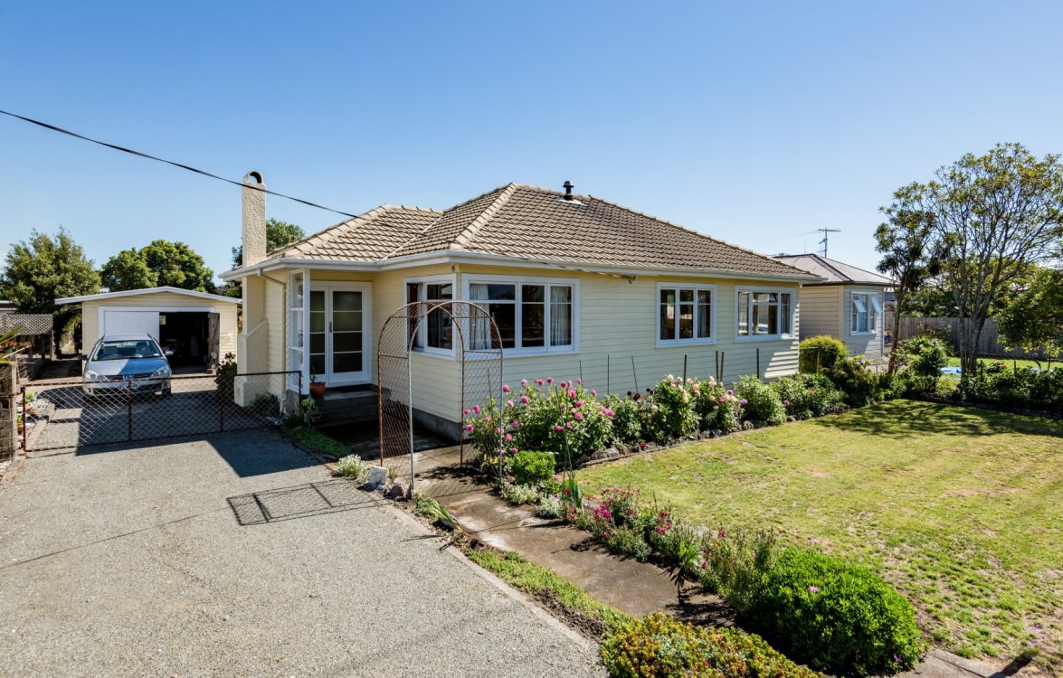 33 Beach Road, Richmond #1