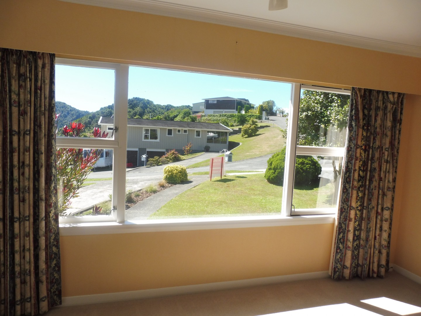 23 Seaview Crescent, Picton #8 -- listing/8640/g.jpeg