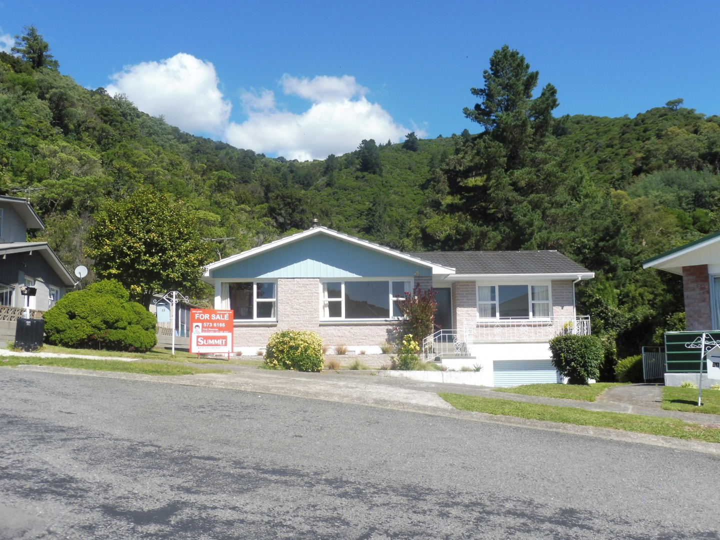 23 Seaview Crescent, Picton #1 -- listing/8640/m.jpeg