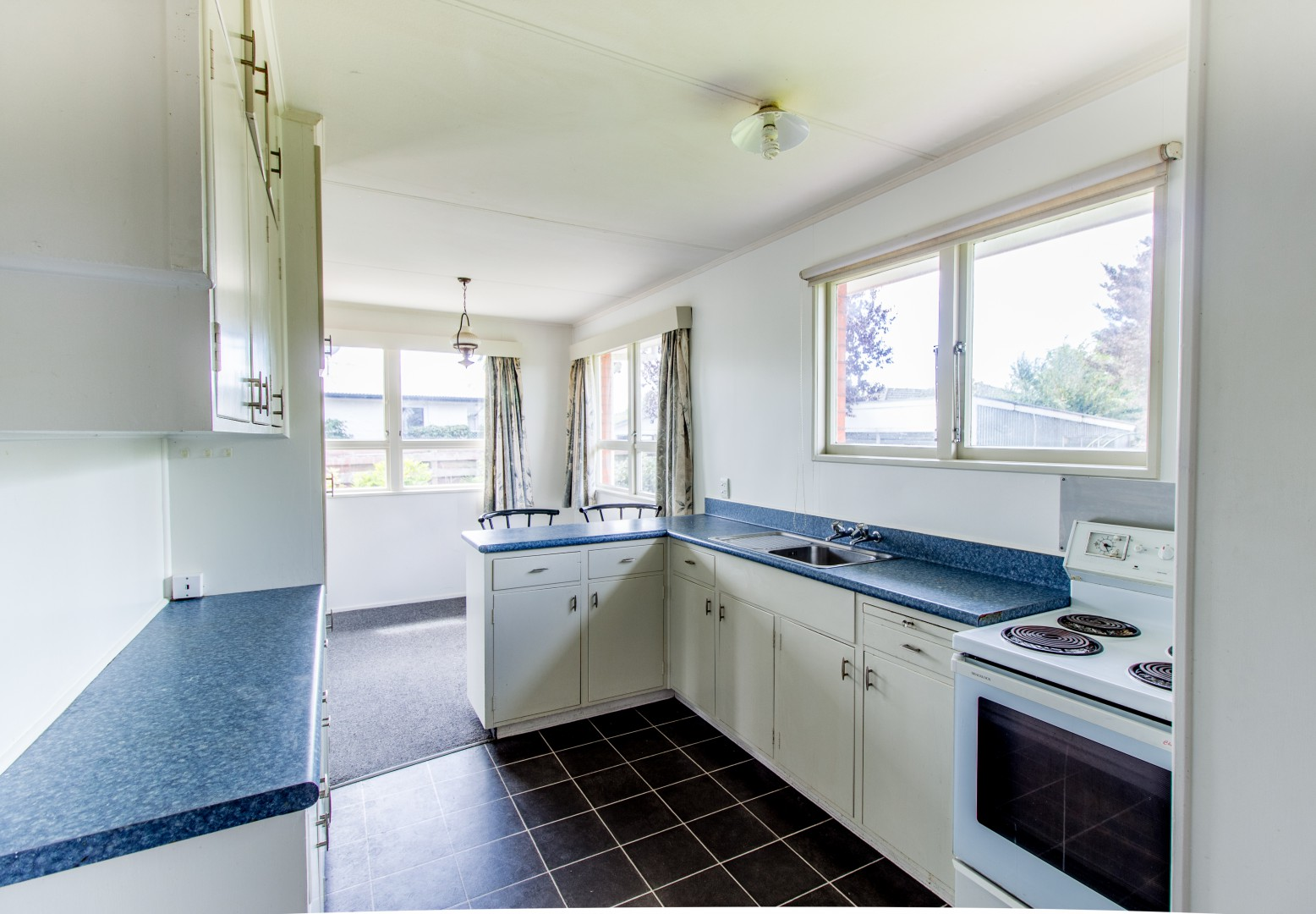 20 Glover Crescent, Blenheim #3 -- listing/8712/b.jpeg