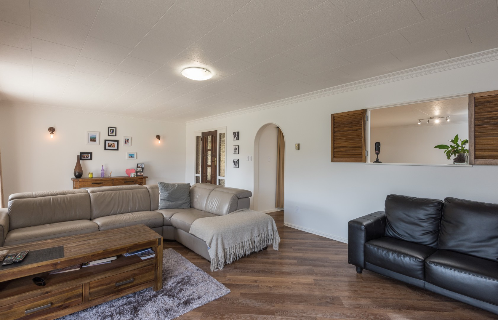 17 Lord Auckland Road, Wakefield #9 -- listing/8748/h.jpeg