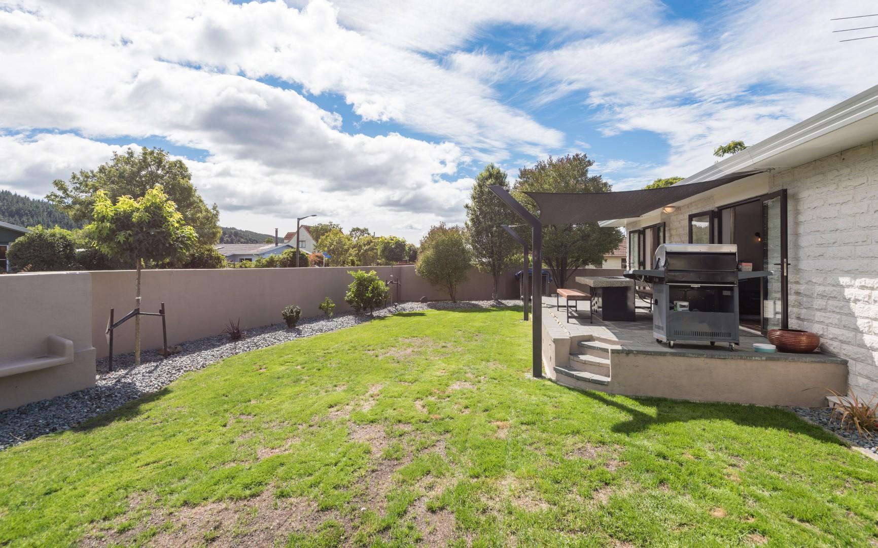 17 Lord Auckland Road, Wakefield #13 -- listing/8748/l.jpeg