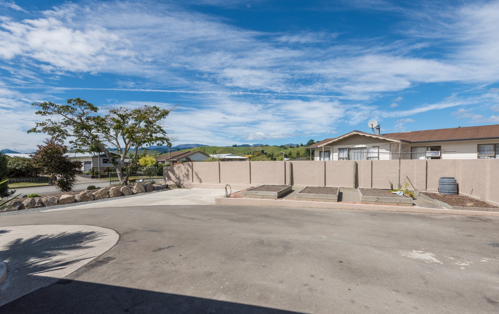 17 Lord Auckland Road, Wakefield #25 -- listing/8748/y.jpeg