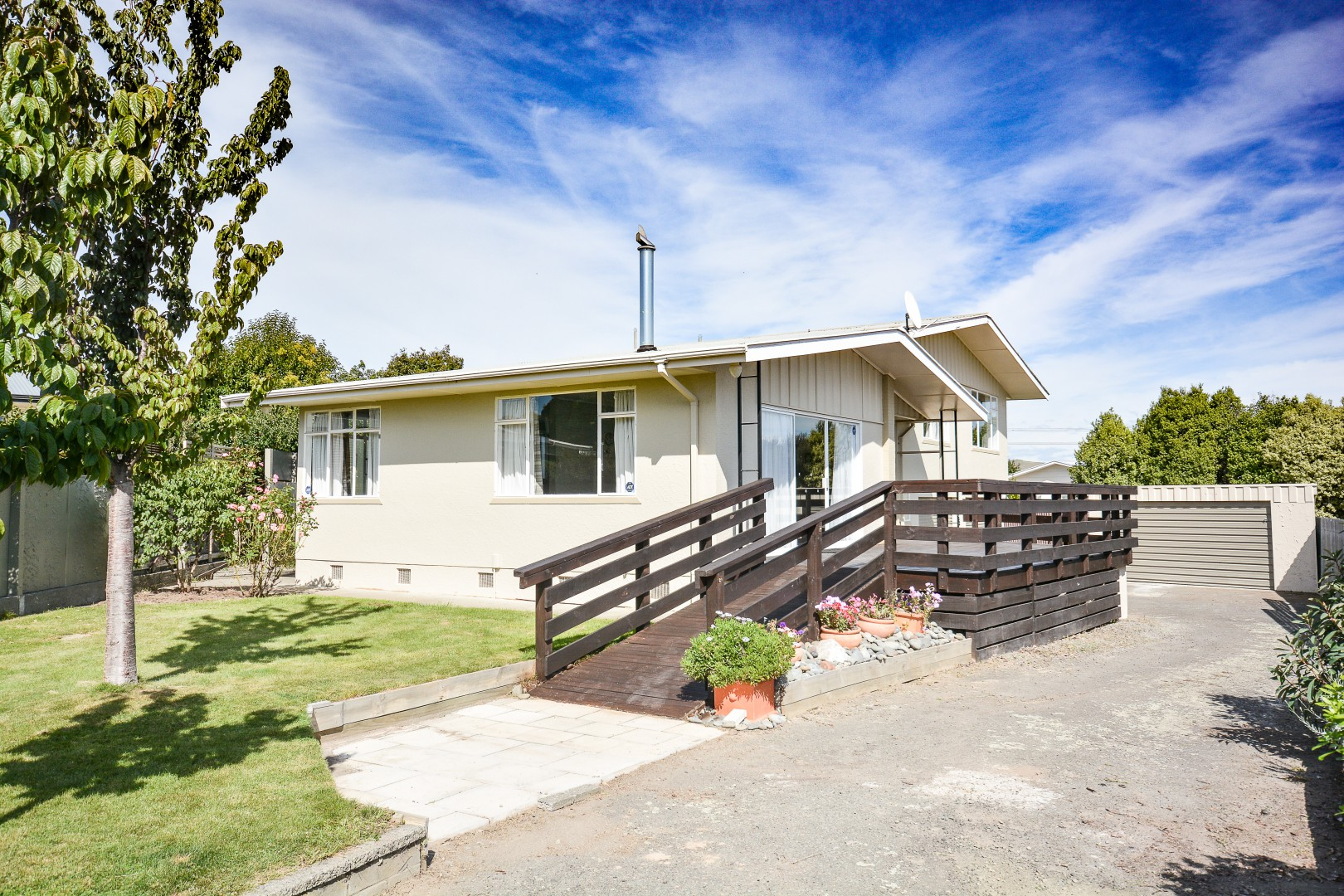 8 Corry Crescent, Witherlea #1 -- listing/8767/m.jpeg