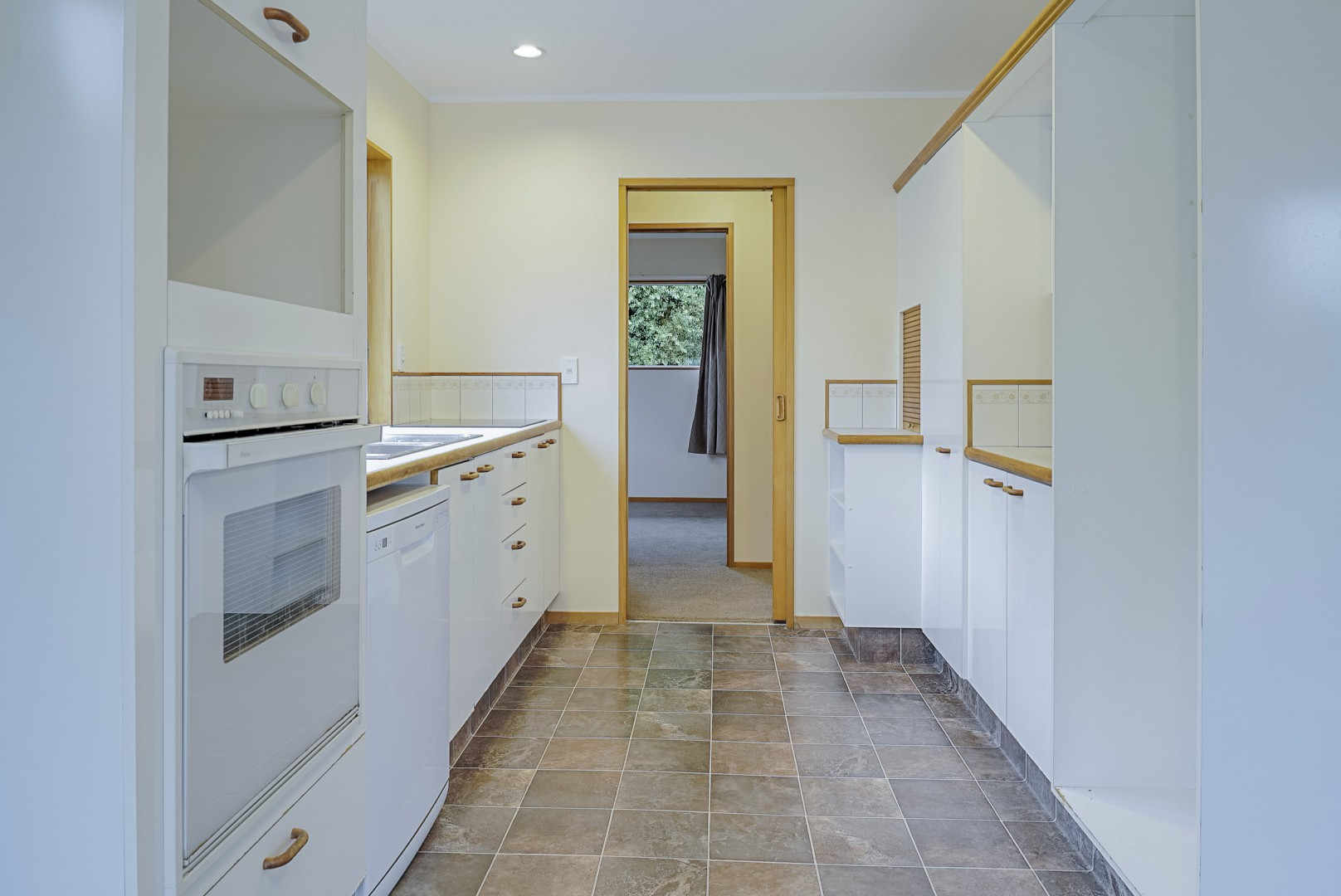 3 Avalon Place, Enner Glynn #3 -- listing/8785/b.jpeg