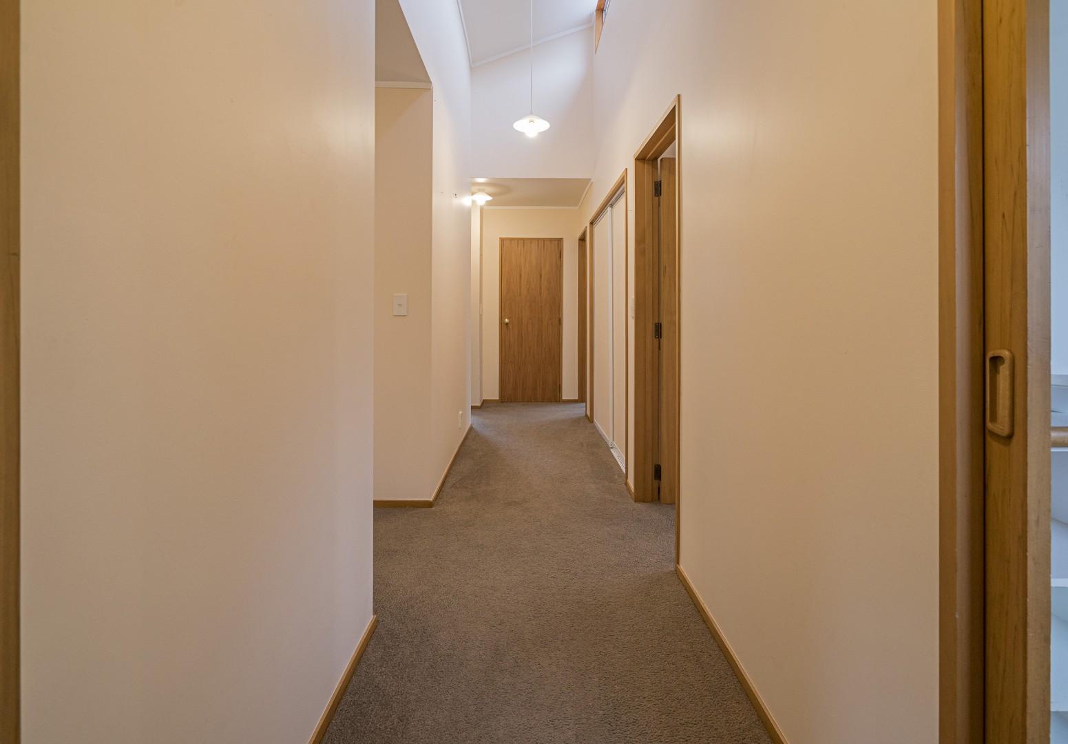 3 Avalon Place, Enner Glynn #9 -- listing/8785/h.jpeg