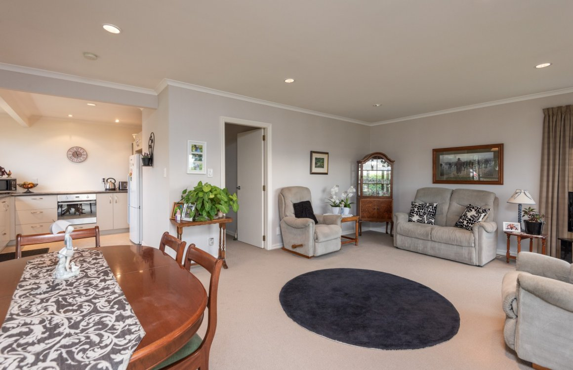 2 Tresillian Avenue, Nelson #5