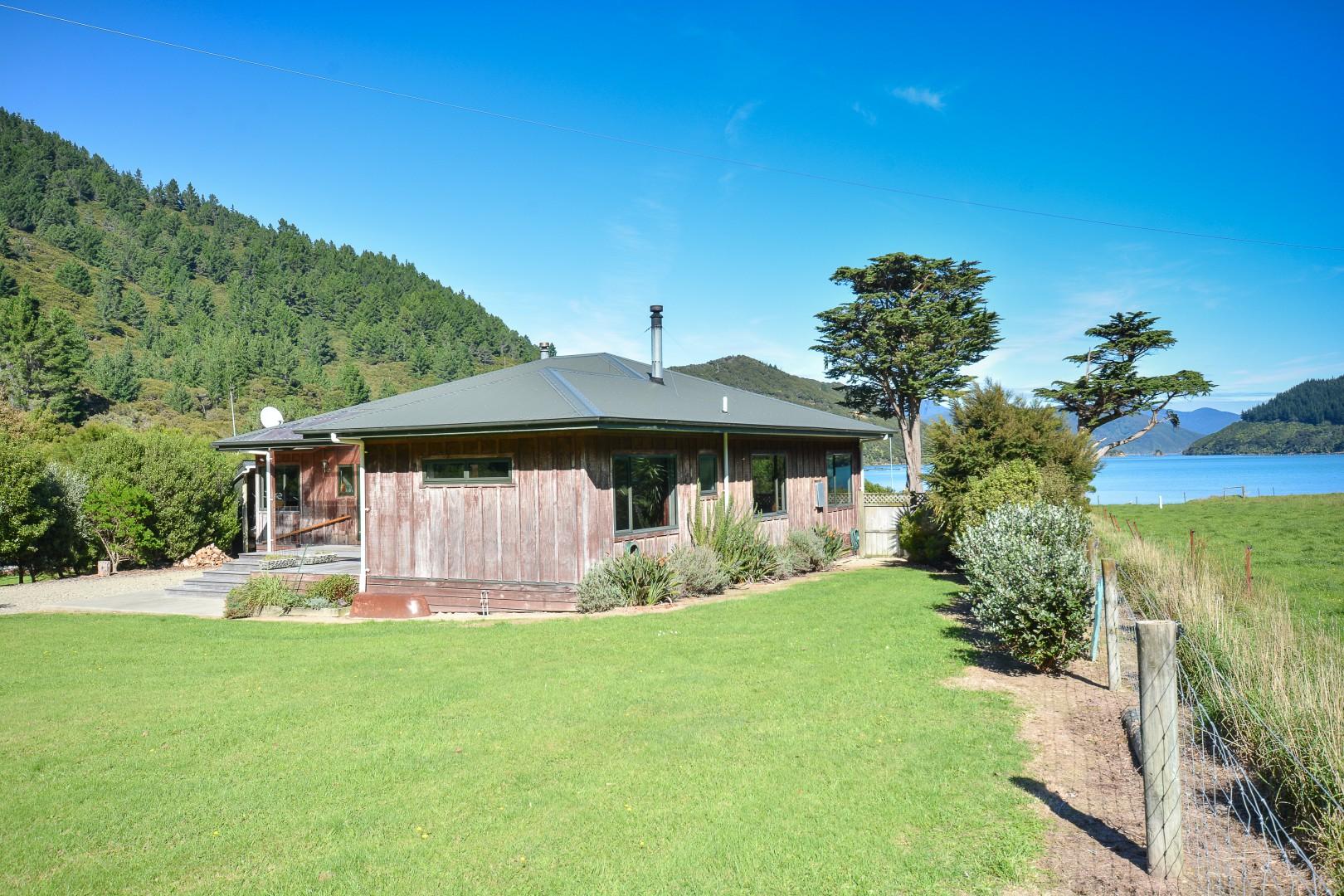 444 Bill Bryants Road, Squally Cove, Okiwi Bay #1 -- listing/8876/m.jpeg