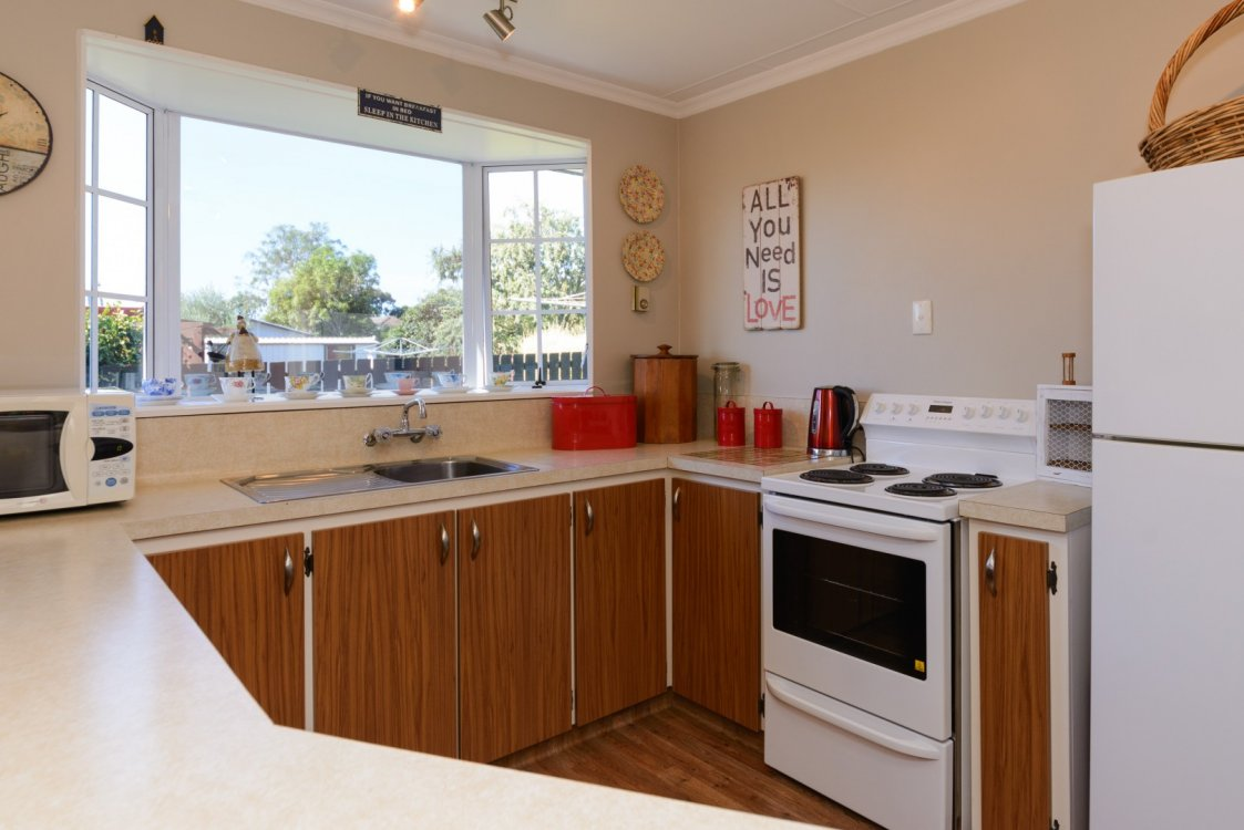 48B Brooklyn Drive, Redwoodtown #8