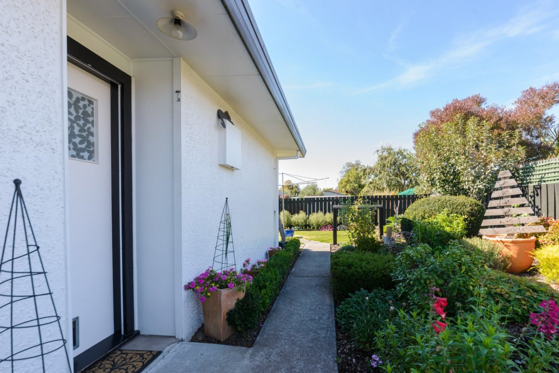 48B Brooklyn Drive, Redwoodtown #24