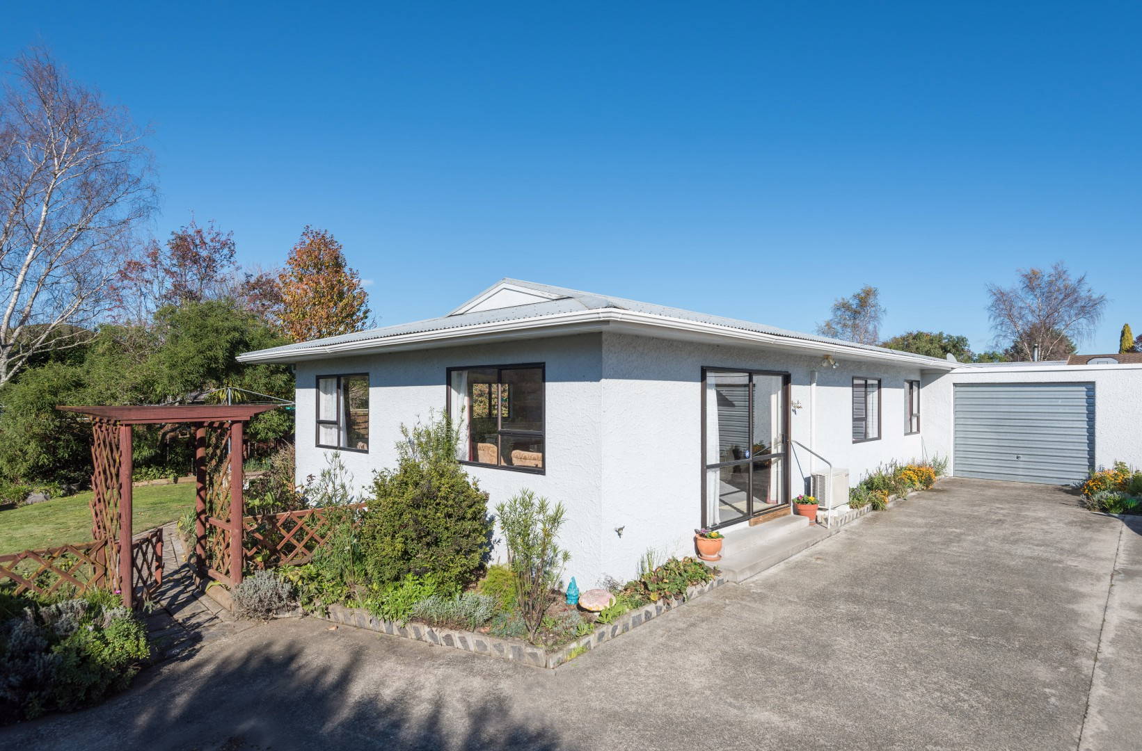 1b Lord Auckland Road, Wakefield #2 -- listing/9074/a.jpeg