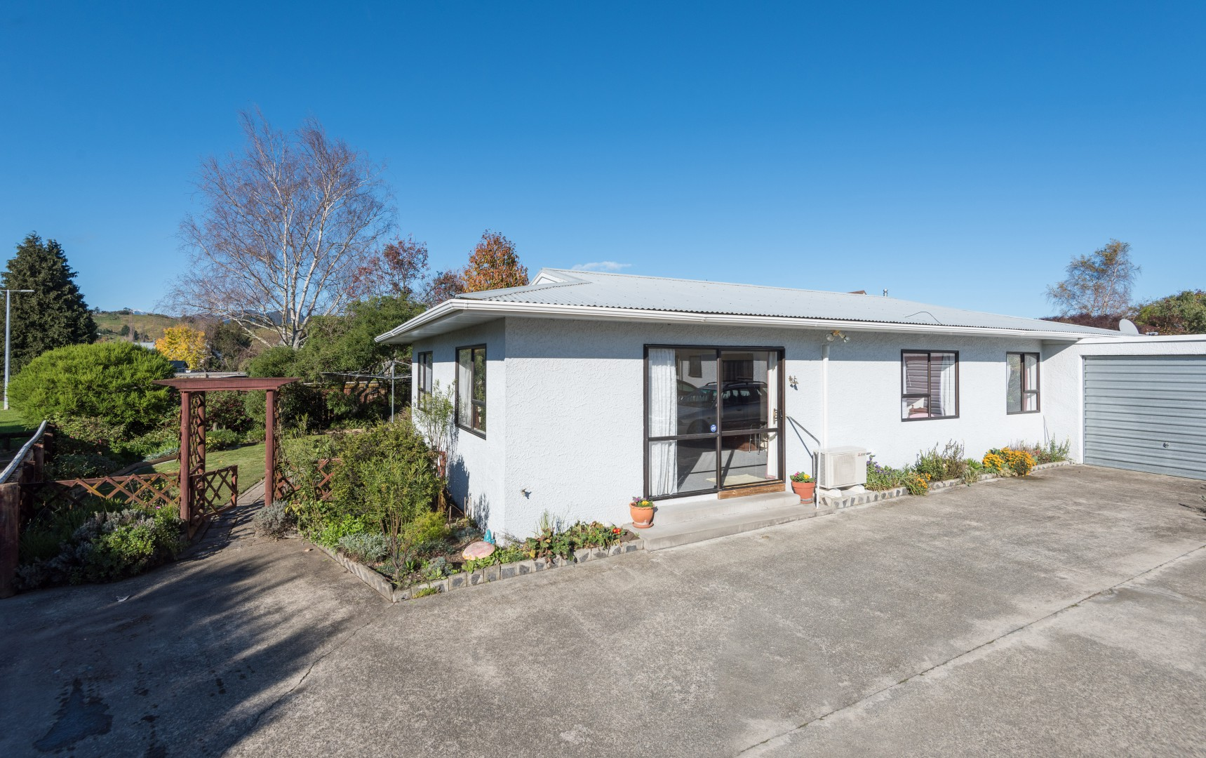 1b Lord Auckland Road, Wakefield #3 -- listing/9074/b.jpeg