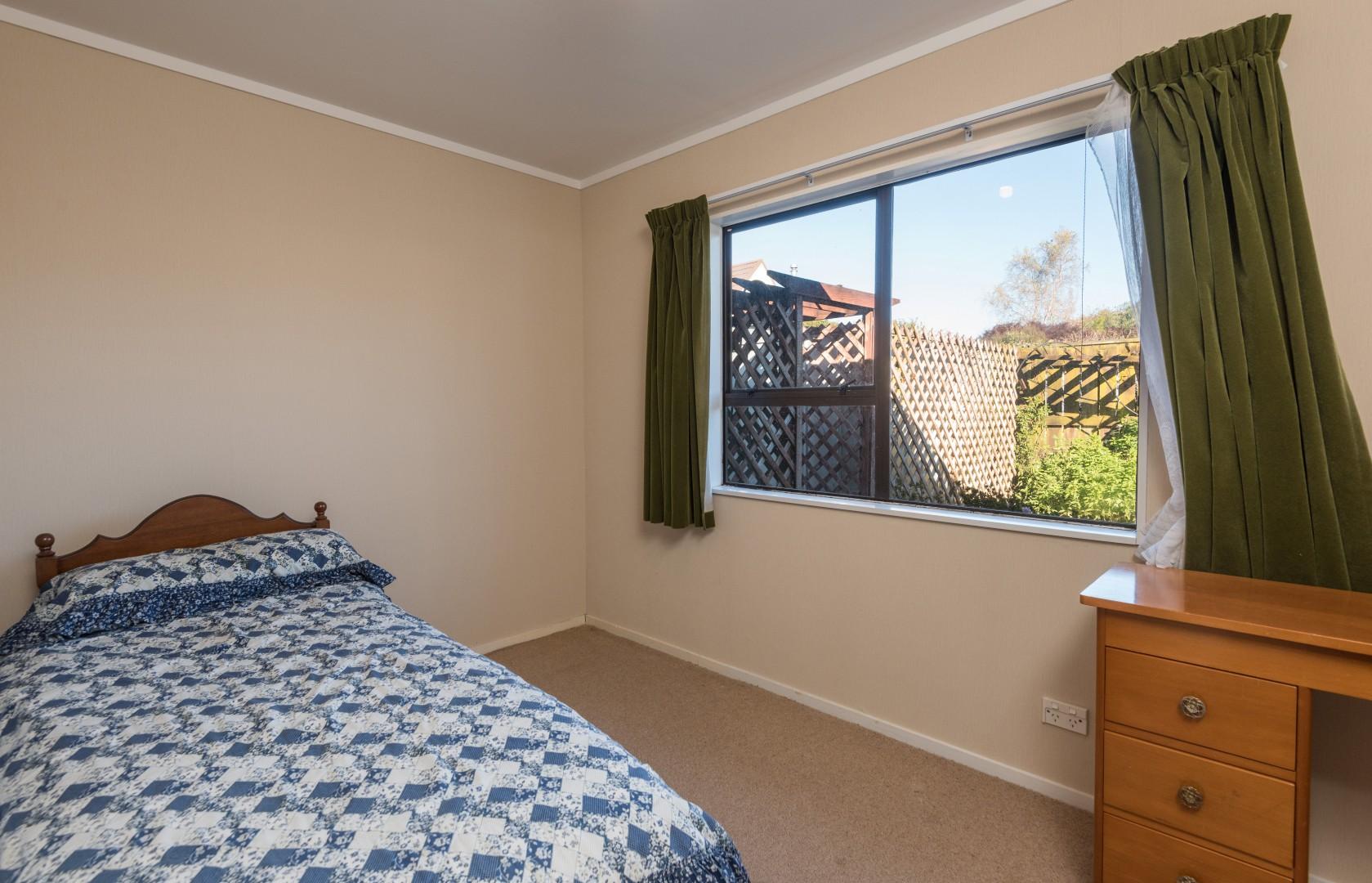 1b Lord Auckland Road, Wakefield #13 -- listing/9074/l.jpeg