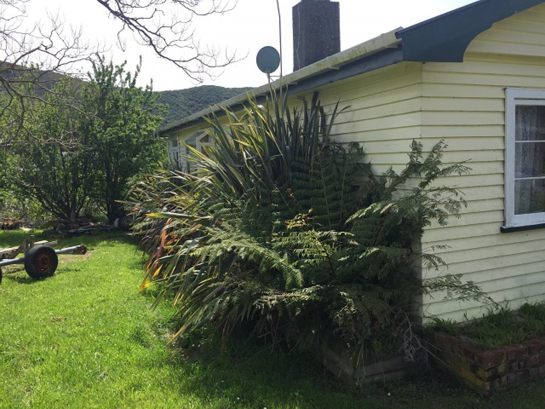 271 Waikawa Road, Waikawa #2 -- listing/9079/a.jpeg