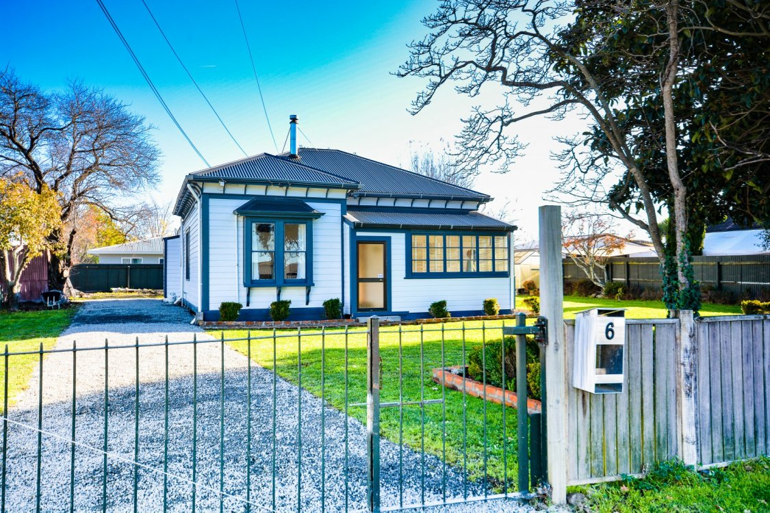 6 Burden Street, Blenheim #2