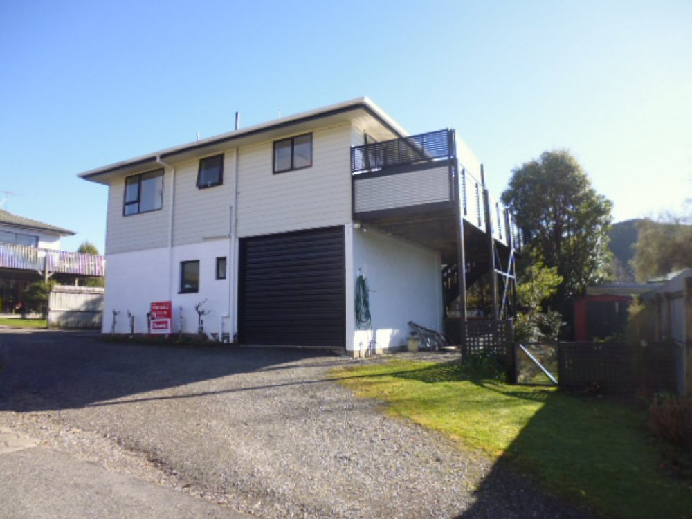 13a Turners Road, Waikawa #1