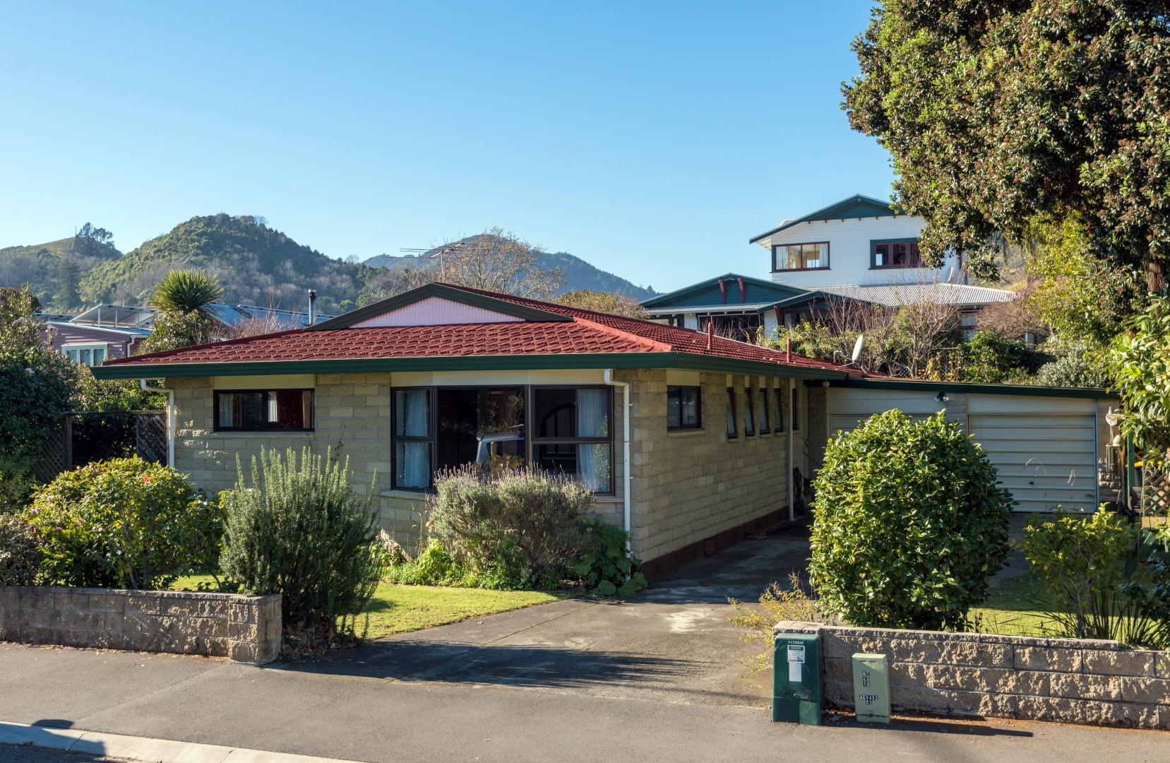 149 Tasman Street, Nelson #2 -- listing/9227/a.jpeg