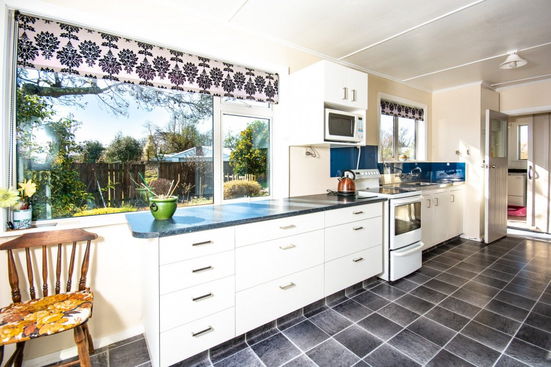 16 Churchill Street, Blenheim #9