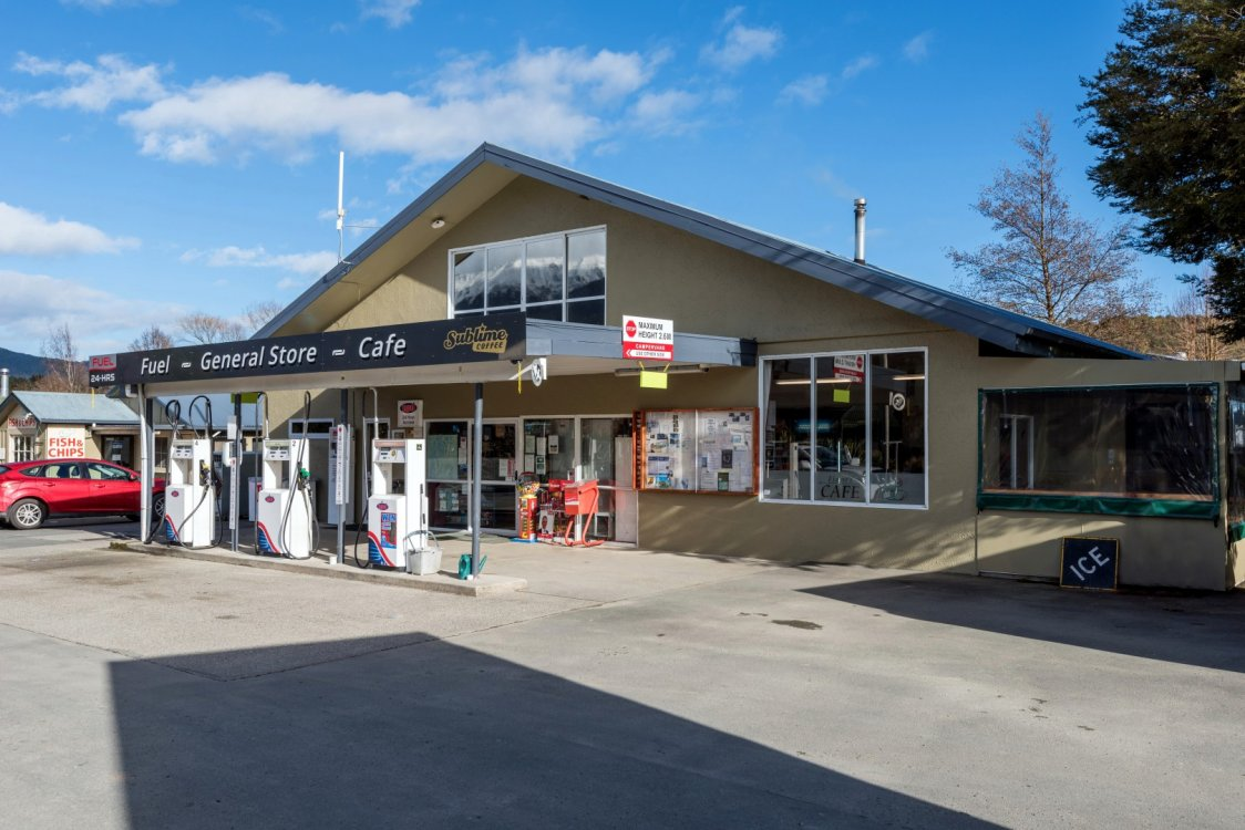 74 Main Road, St Arnaud #1