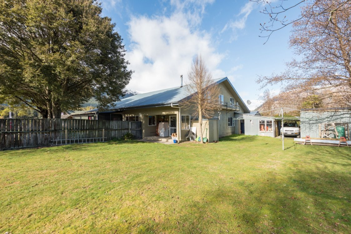 74 Main Road, St Arnaud #14