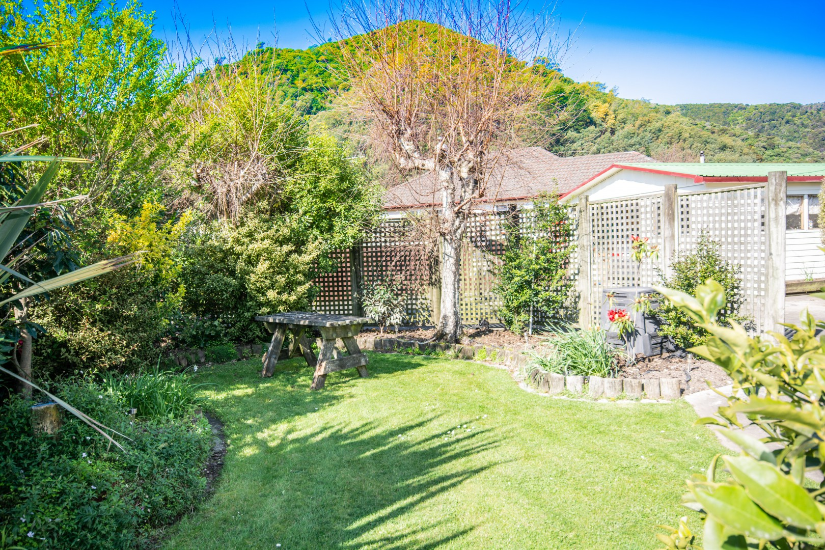 27A Oxford Street, Picton #16 -- listing/9378/p.jpeg