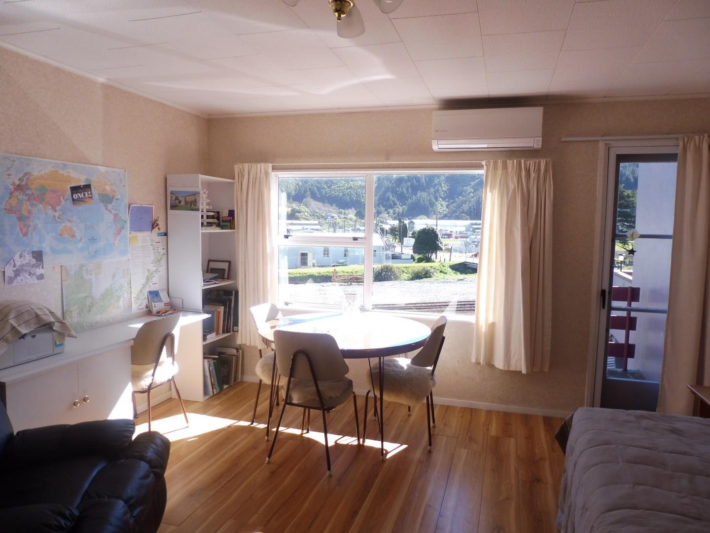 49E Auckland Street, Picton #8 -- listing/9382/g.jpeg