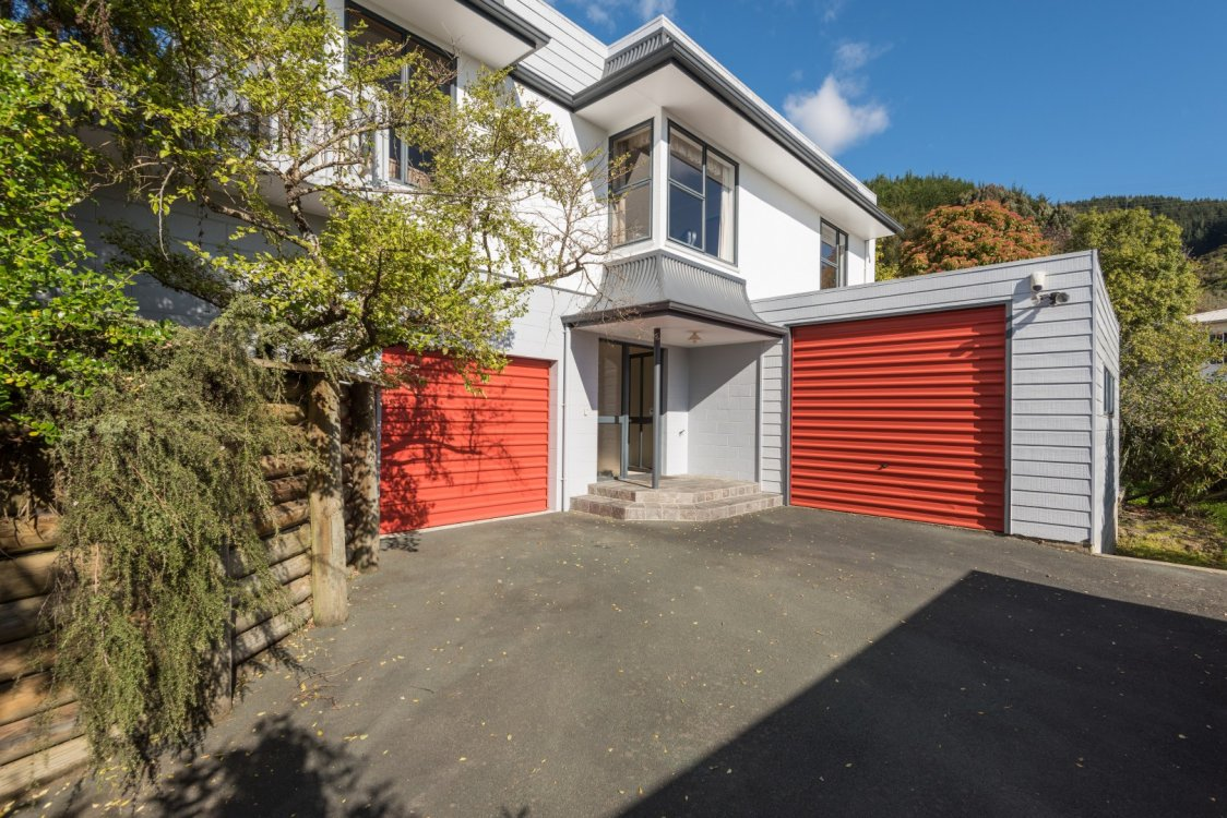 8 Barrington Place, Richmond #3