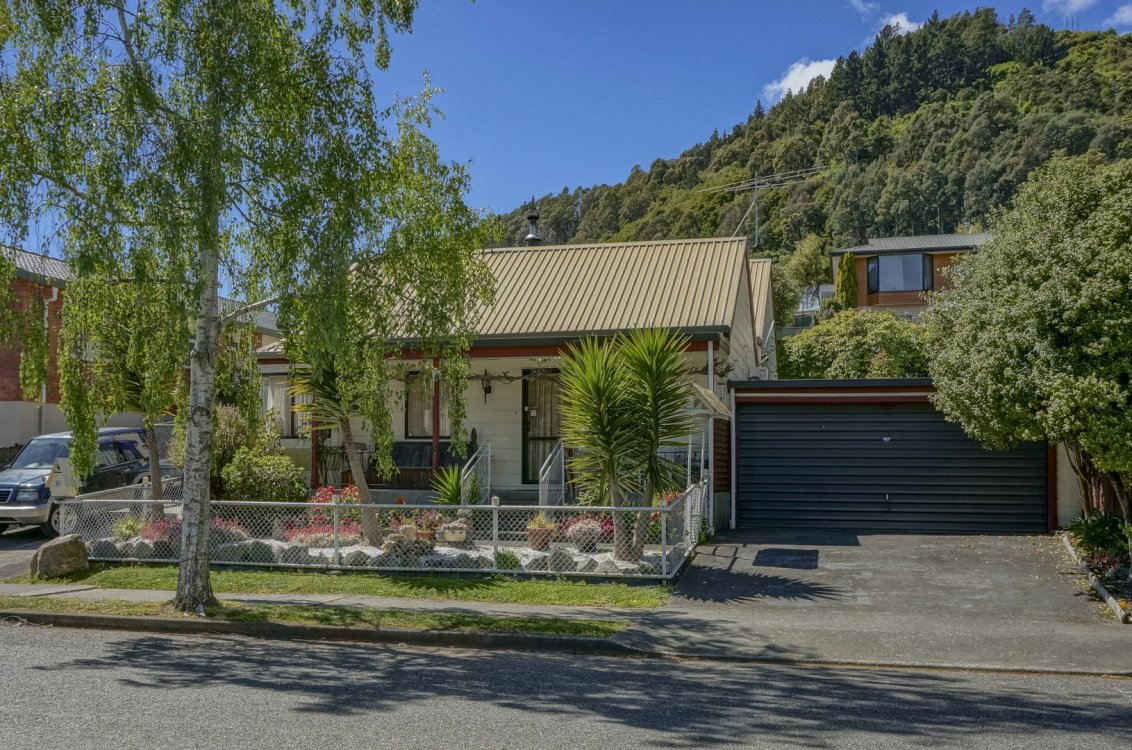 31 Bishopdale Avenue, Nelson #1