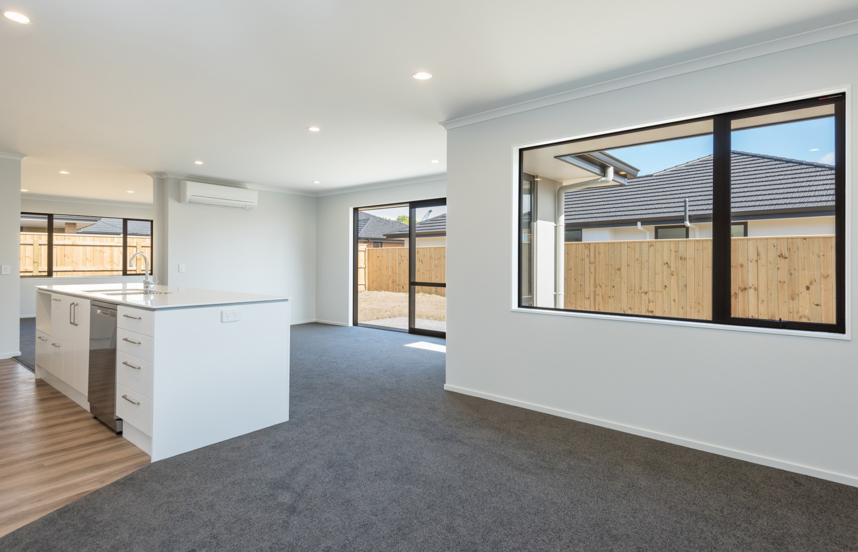 30 Malone Crescent, Richmond #9 -- listing/9453/h.jpeg