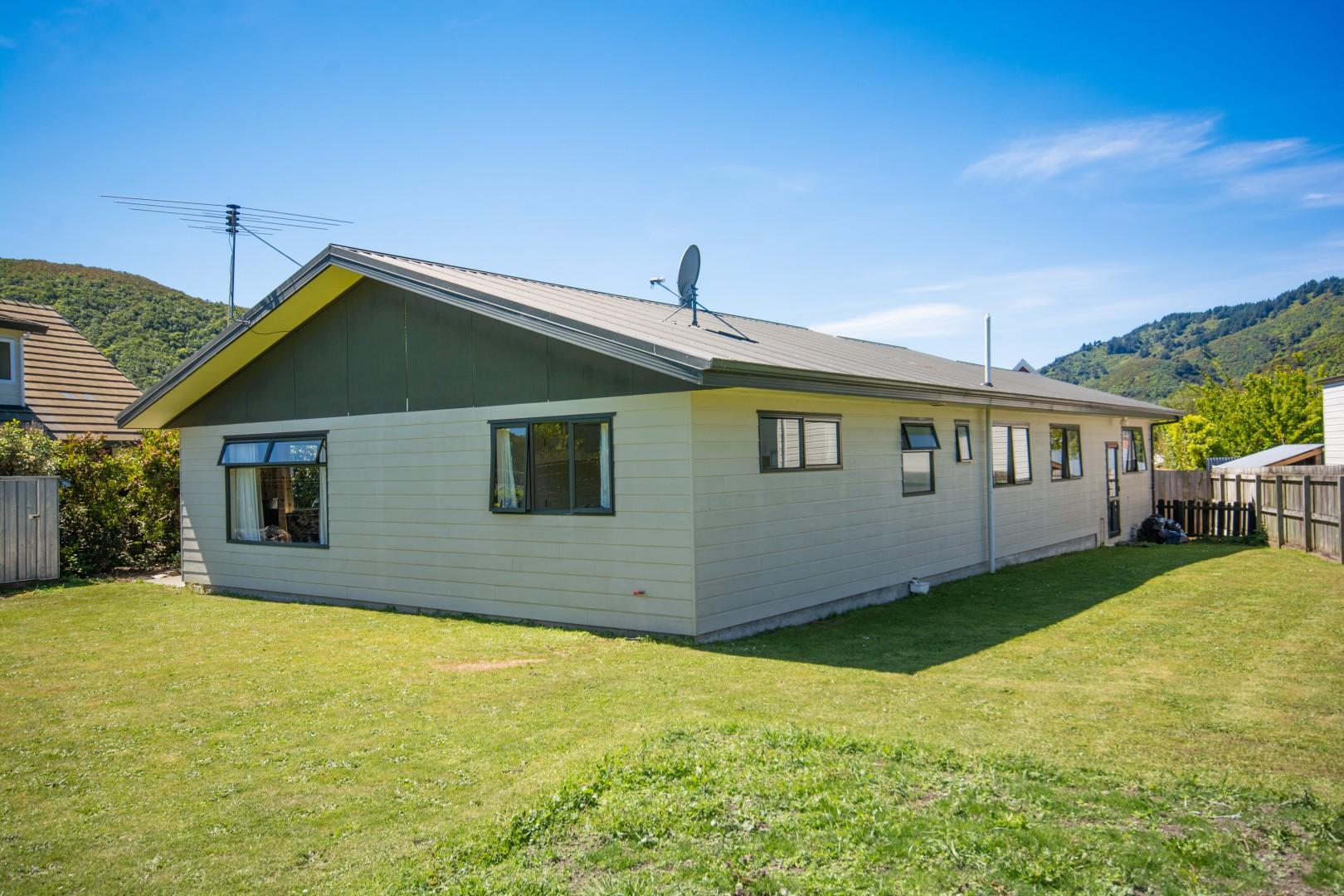 8a Huia Street, Waikawa #2 -- listing/9476/a.jpeg