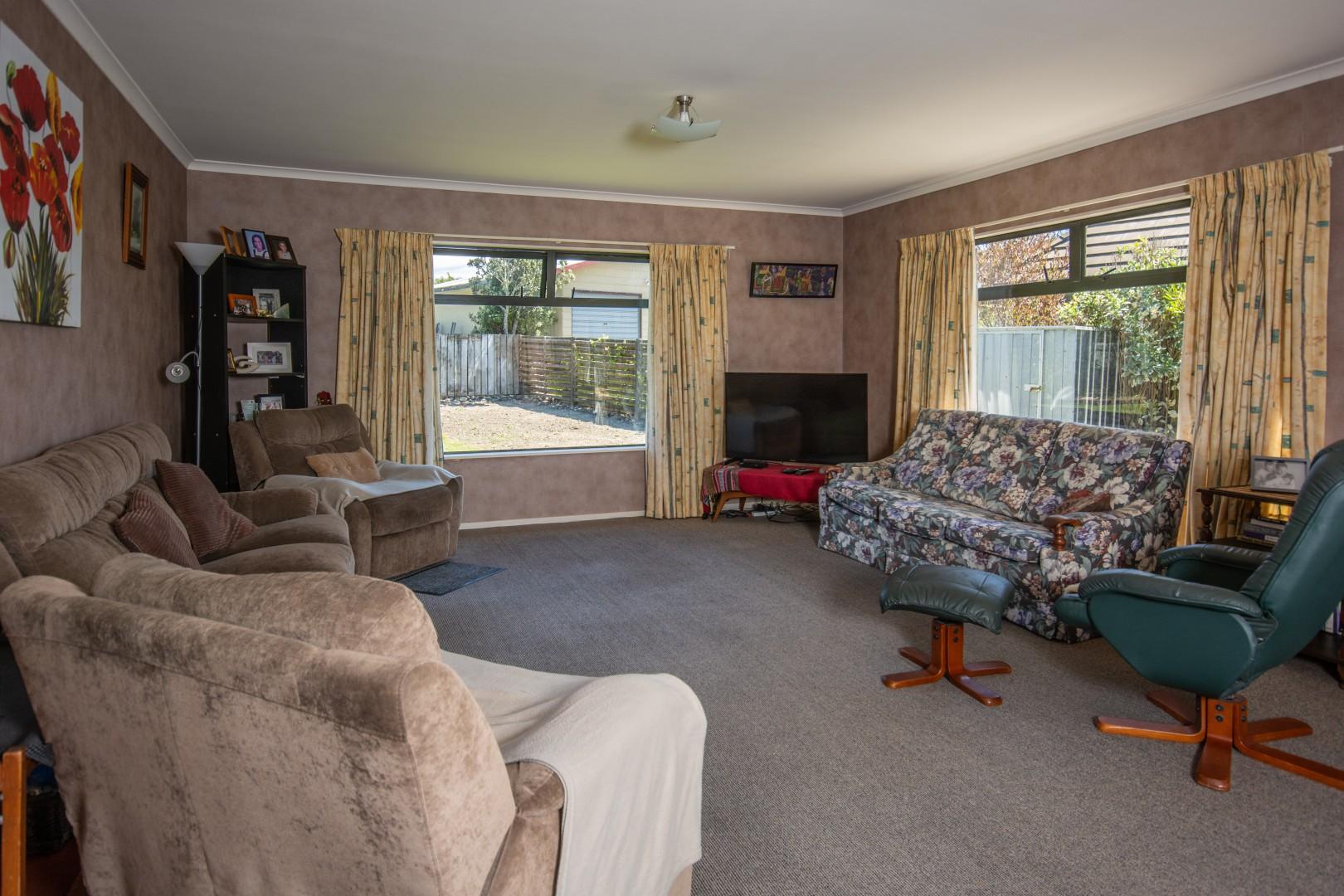 8a Huia Street, Waikawa #4 -- listing/9476/c.jpeg