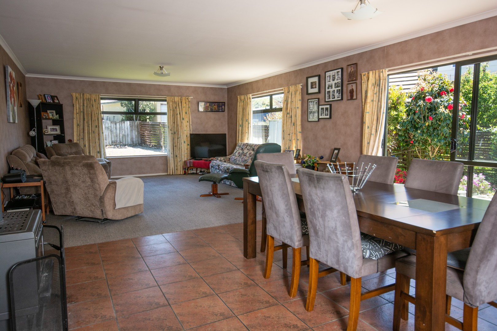 8a Huia Street, Waikawa #5 -- listing/9476/d.jpeg