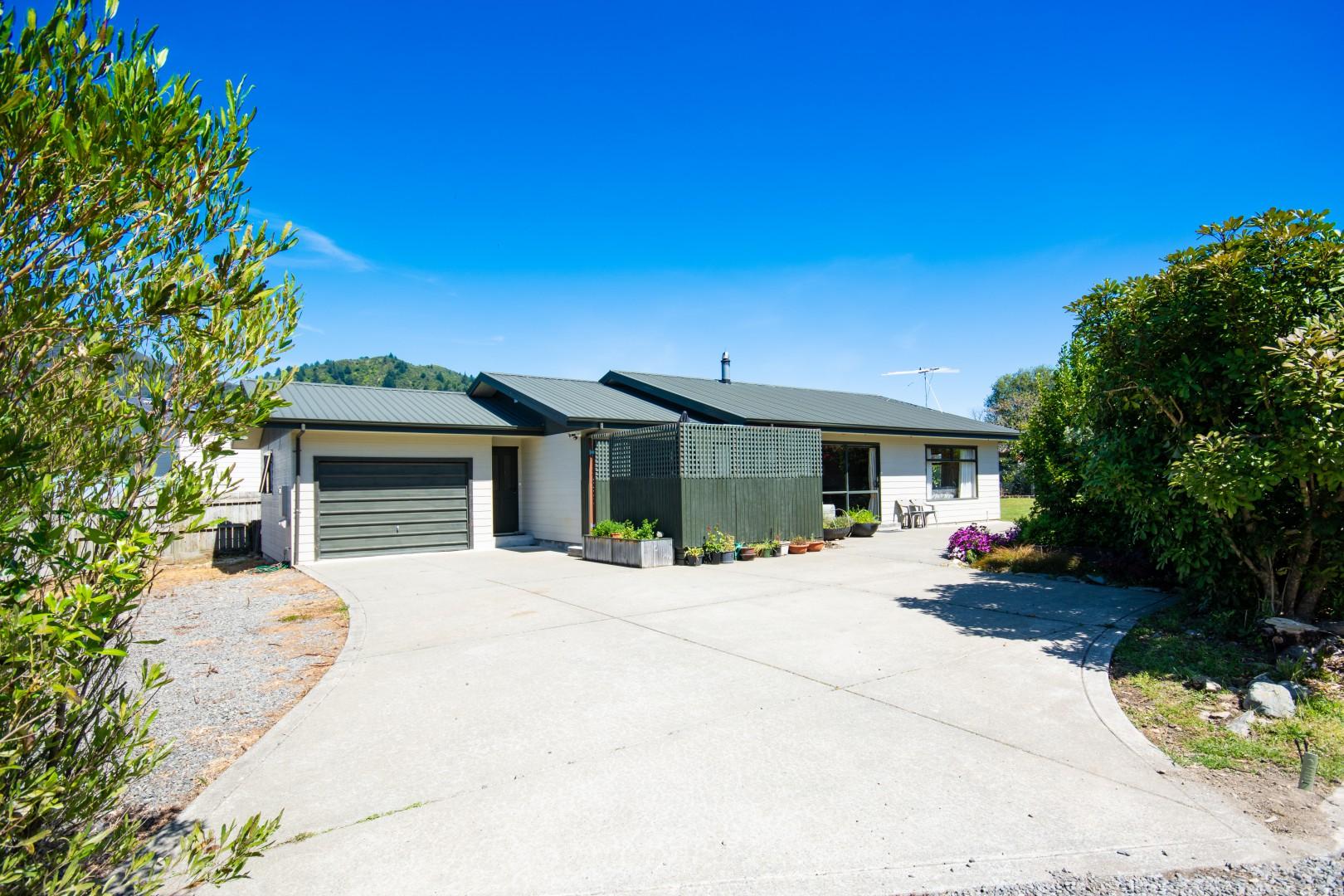 8a Huia Street, Waikawa #1 -- listing/9476/m.jpeg
