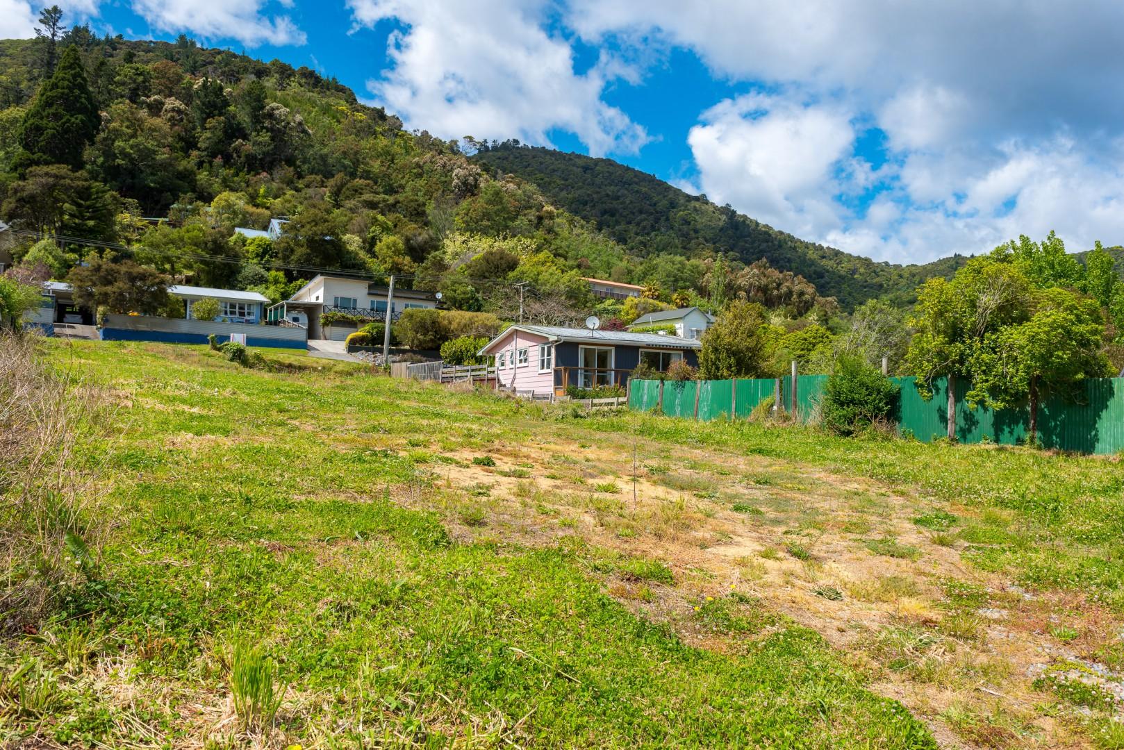 84 Waikawa Road, Picton #8 -- listing/9485/g.jpeg