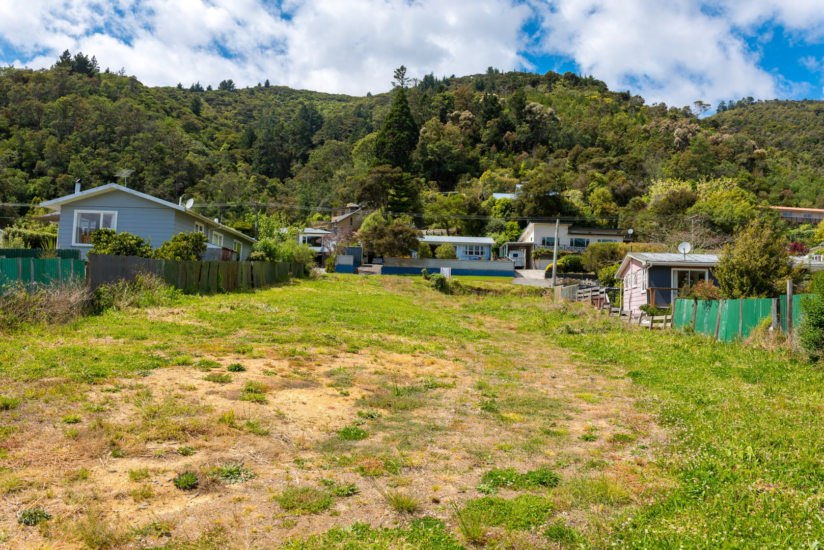 84 Waikawa Road, Picton #9 -- listing/9485/h.jpeg