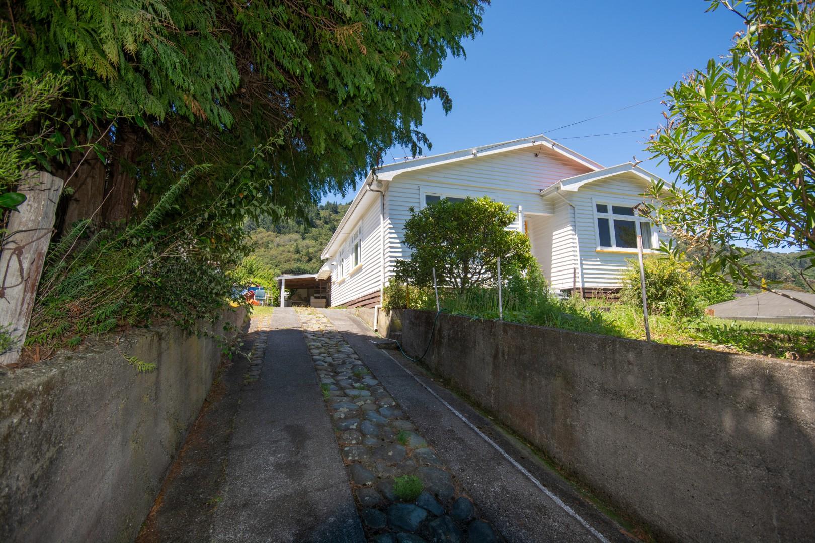 61  Hampden Street, Picton #3 -- listing/9505/b.jpeg