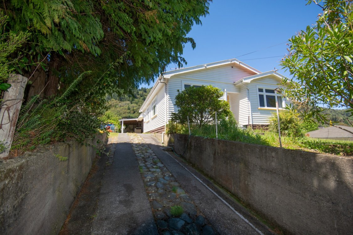 61  Hampden Street, Picton #3