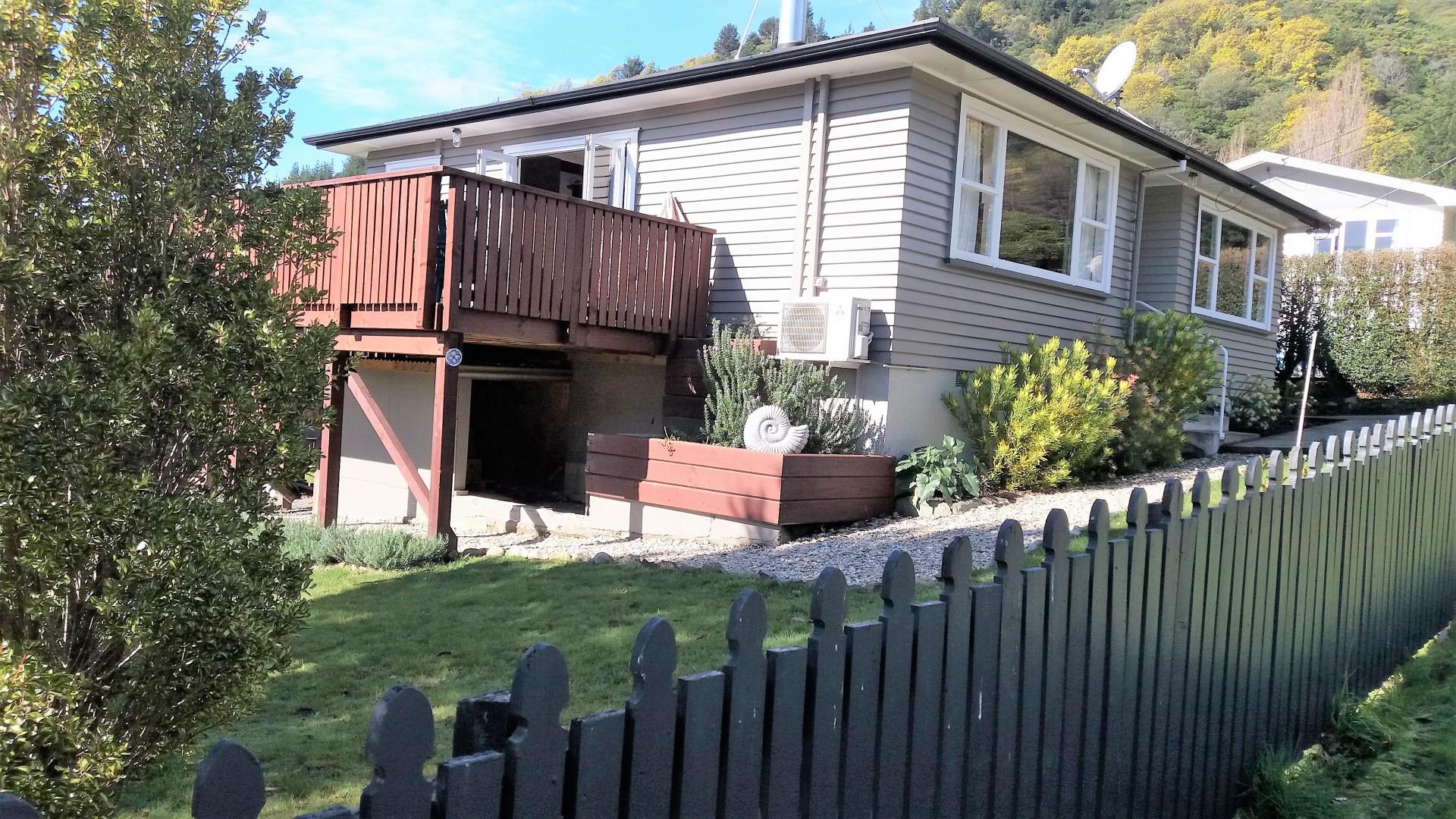 12 Lincoln Street, Picton #3 -- listing/9530/b.jpeg