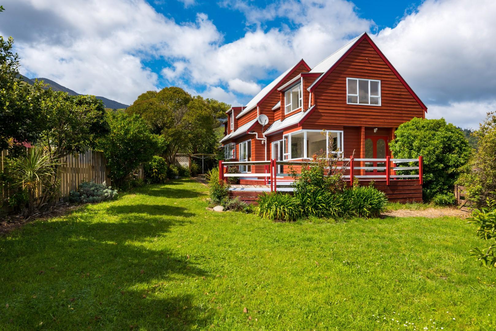 247c Waikawa Road, Waikawa #2 -- listing/9531/a.jpeg