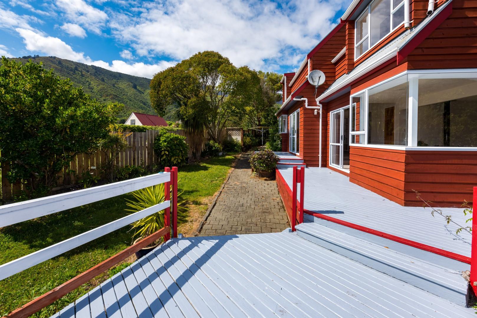 247c Waikawa Road, Waikawa #5 -- listing/9531/d.jpeg
