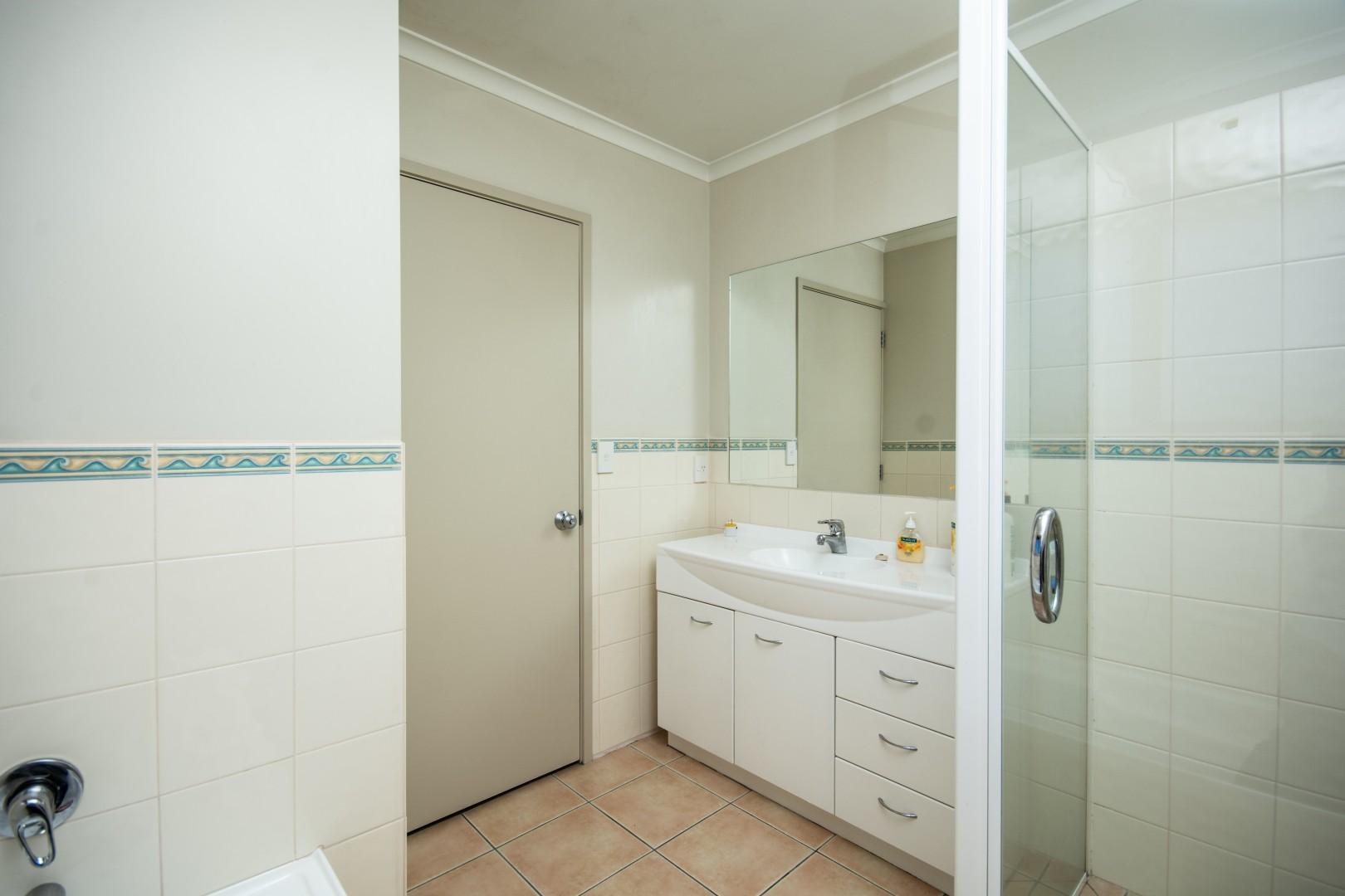 20 Admiralty Place, Waikawa #12 -- listing/9572/k.jpeg