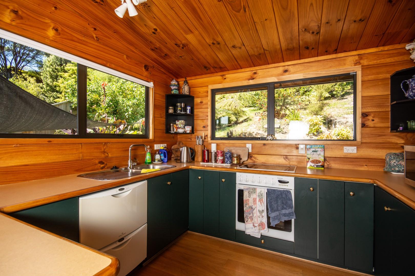 9a Finlay Grove, Waikawa Bay #5 -- listing/9584/d.jpeg