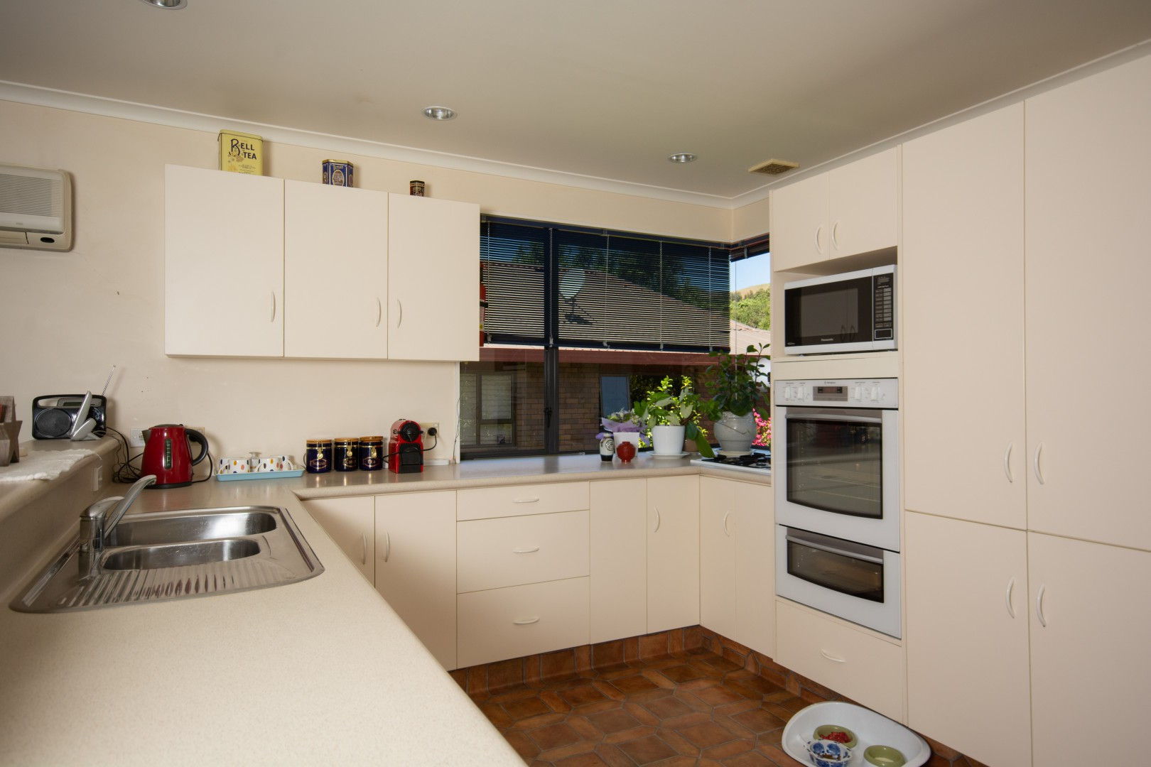 11 Solway Drive, Witherlea #5 -- listing/9639/d.jpeg
