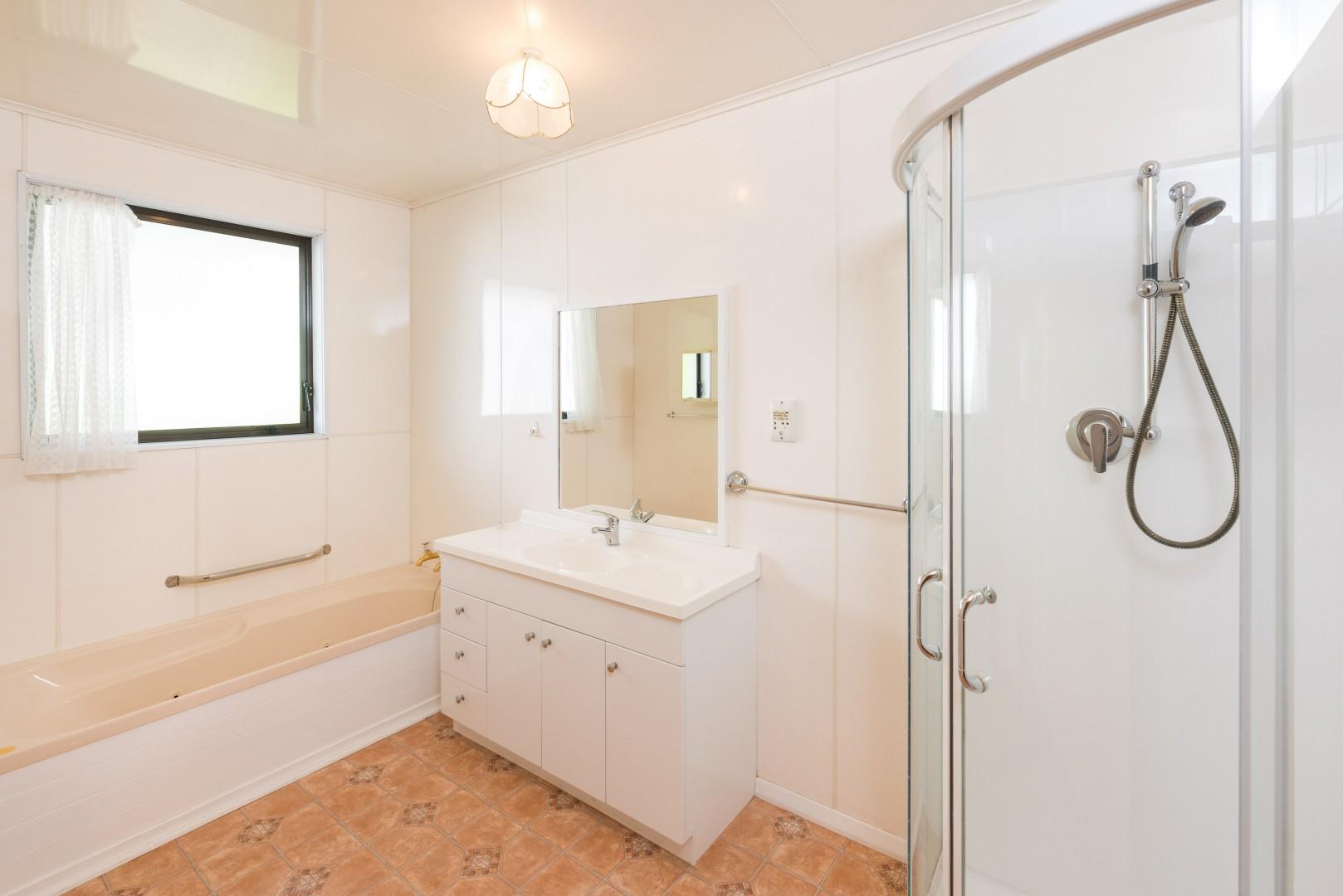 37a Milton Terrace, Picton #12 -- listing/9657/k.jpeg