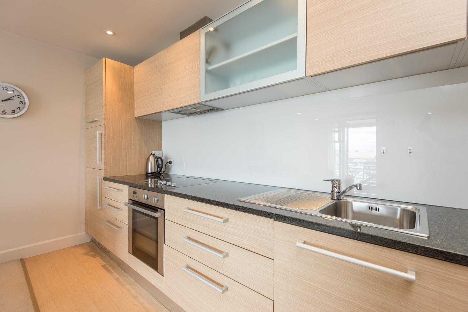 Unit 104, The Sands Apartments, Tahunanui #3 -- listing/9697/b.jpeg
