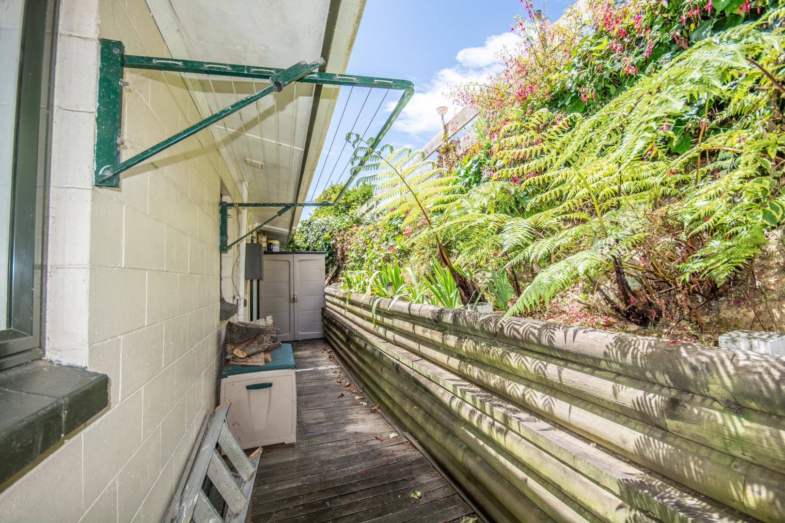3/3 Angle Street, Picton #10 -- listing/9735/i.jpeg