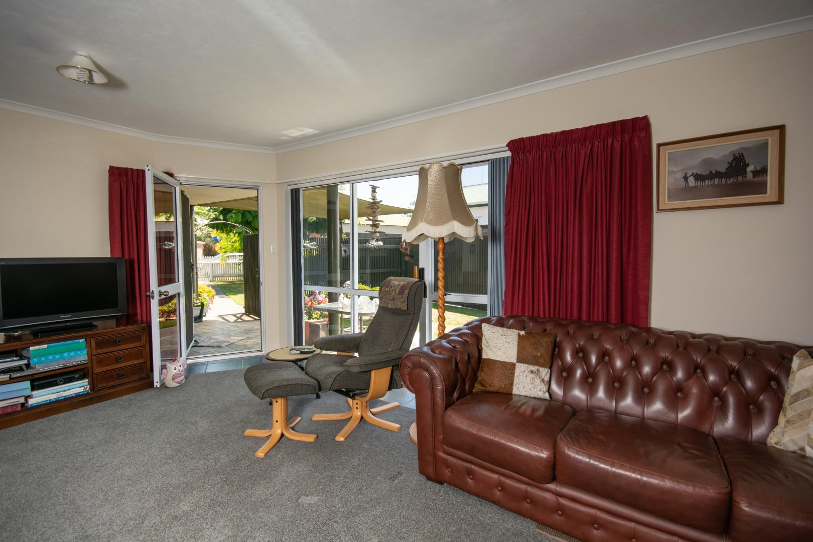 19 Arthur Baker Place, Redwoodtown #13 -- listing/9743/l.jpeg