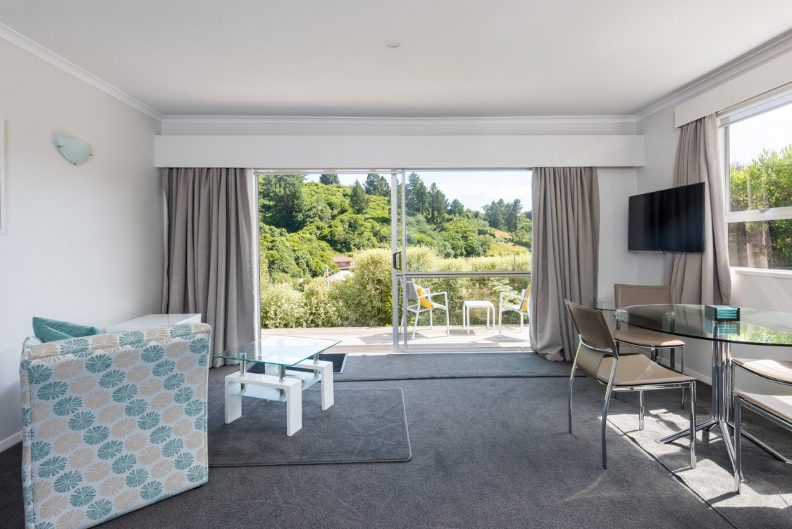 Flat 1/ 5a Angle Street, Picton #12