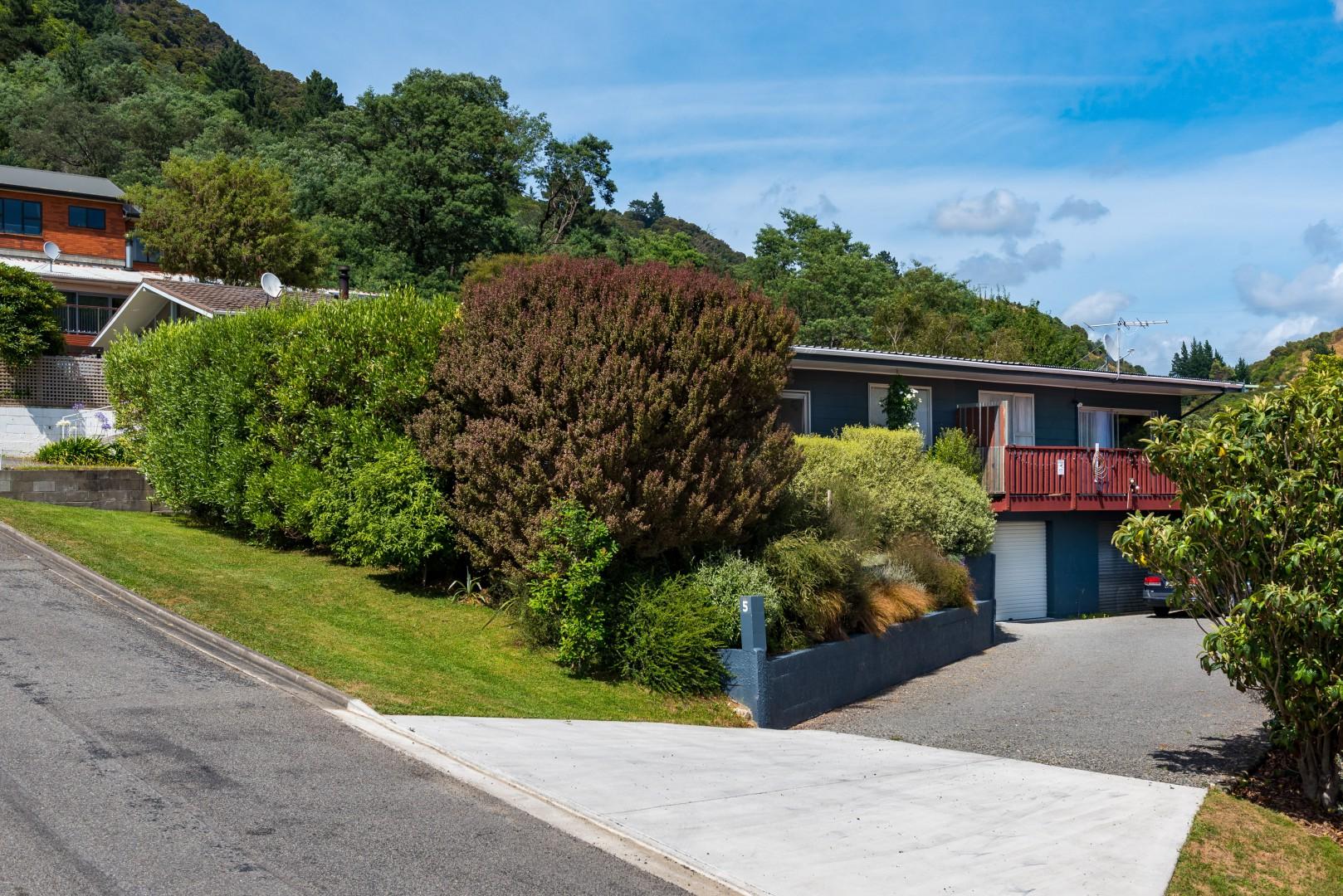 Flat 1/ 5a Angle Street, Picton #1 -- listing/9774/m.jpeg