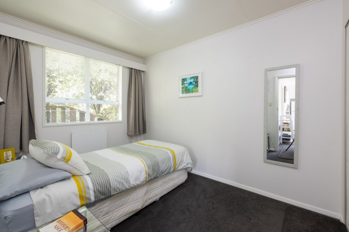 Flat 1/ 5a Angle Street, Picton #17